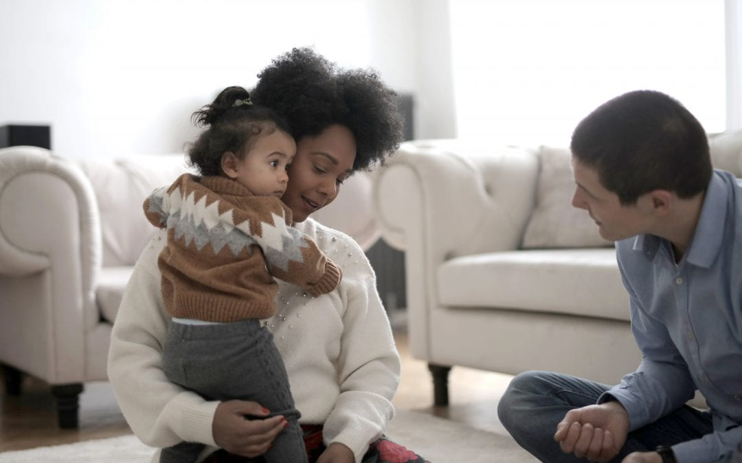 Babies Can Differentiate Parent's Hug From a Stranger's, Study Says